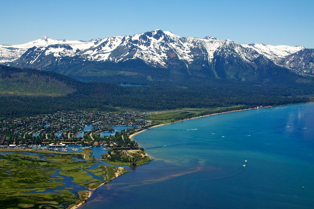 Самое удивительное озеро Тахо в США! По дну этого озера пролегает заброшенная железная дорога!