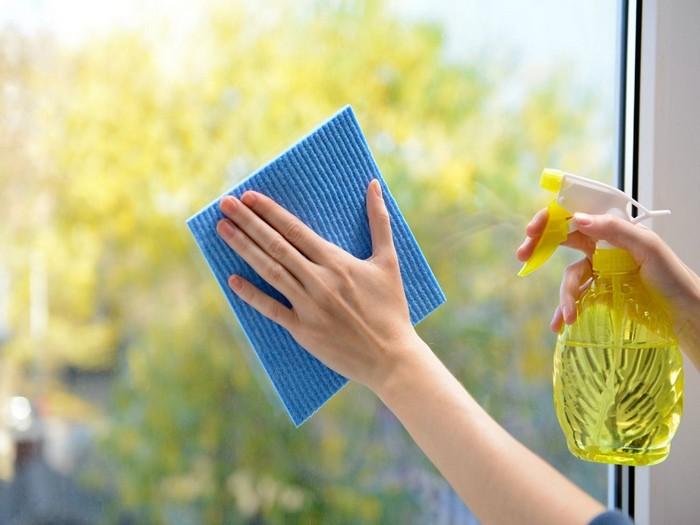 3 хитрости как вымыть окна без разводов
