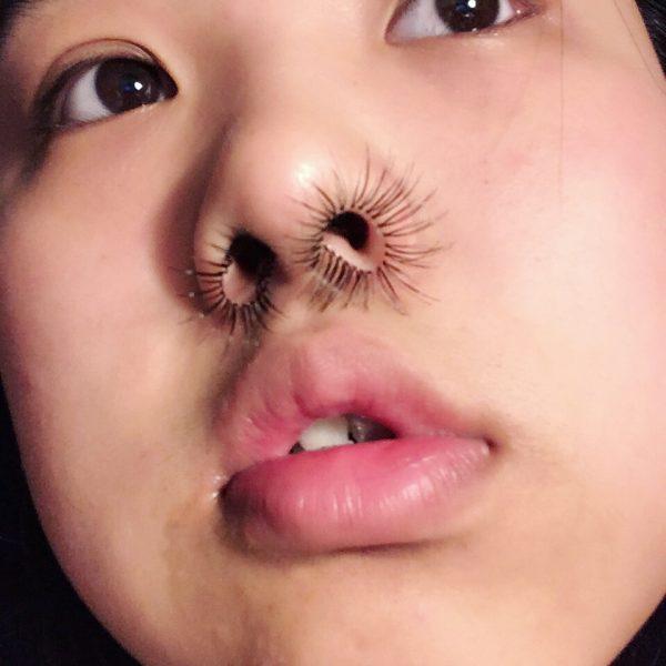 Бьюти тренд из Японии - волосы в носу