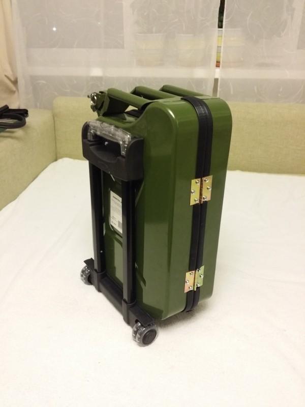 Как из канистры сделать чемодан