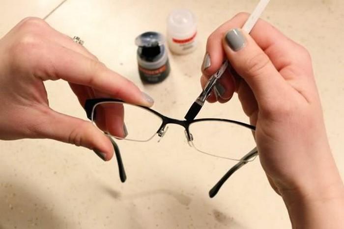 Как убрать трещины со стекла за час