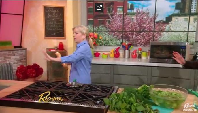 Крутой лайфхак: Как вернуть мягкость засохшему багету