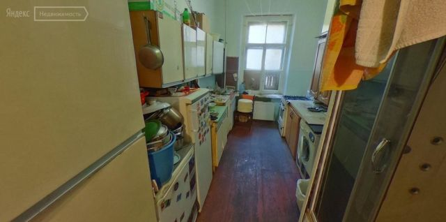 Комната площадью 3 кв м стоит 40 000 долларов. Купите?